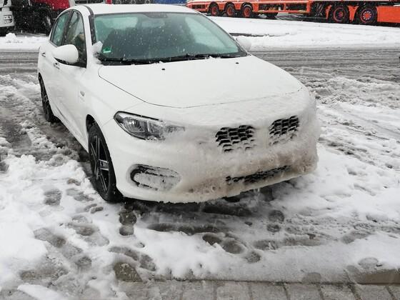 Bei Eis mutiert der Tipo gerne mal zum BMW