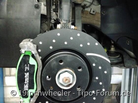 Bremsenupdate + Stahlflexschläuche