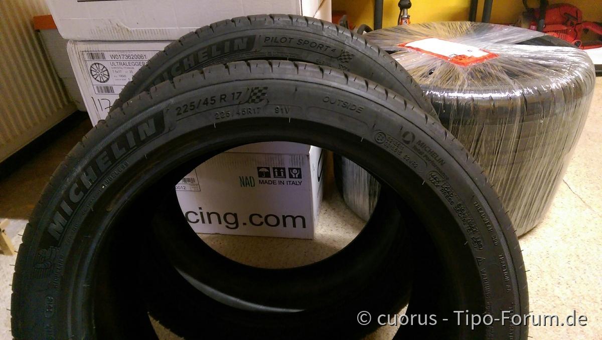 Michelin PS4 225/45 R17