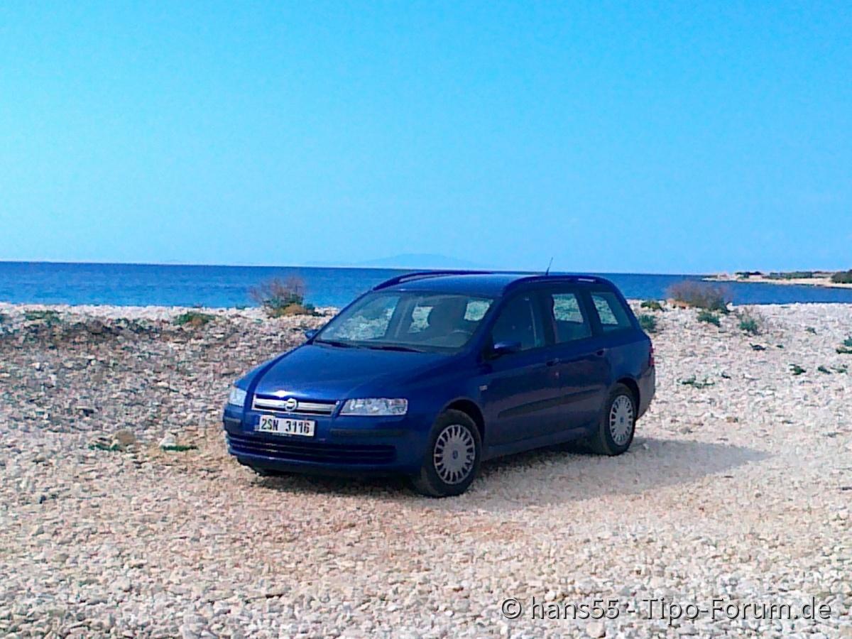 Der vorangehende Fiat hat Meer geliebt