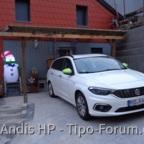 Hugo, der Schneemann passt auf